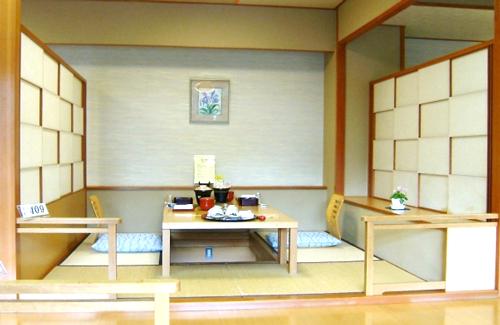 ホテル 日本食500
