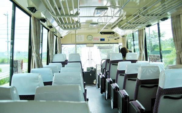 バス600