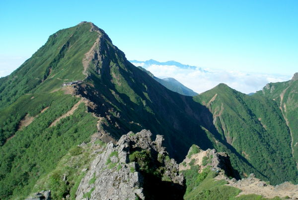 登山600