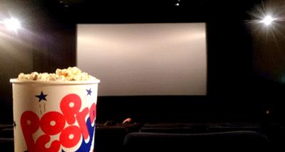 クリぼっちの映画館